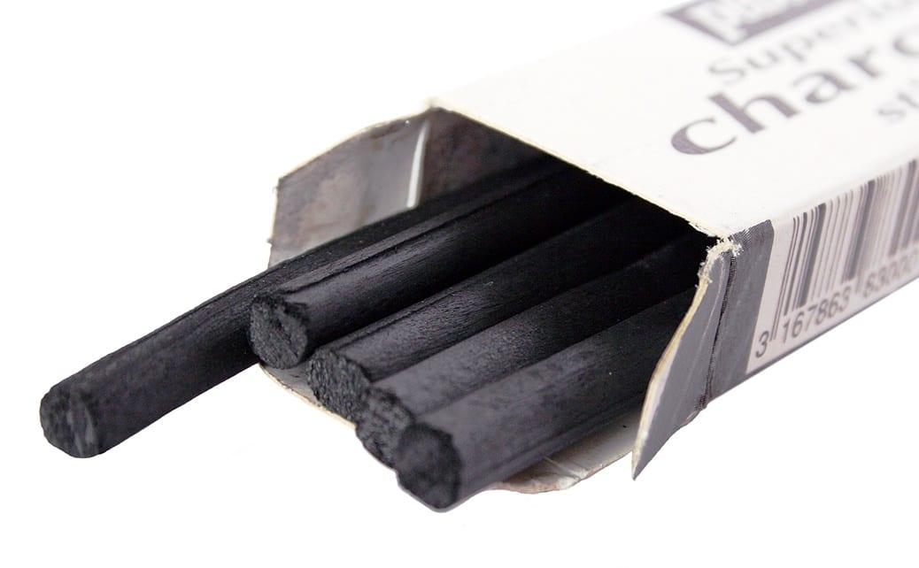 deGranero 6 herramientas para dibujar con carboncillo que debes conocer.